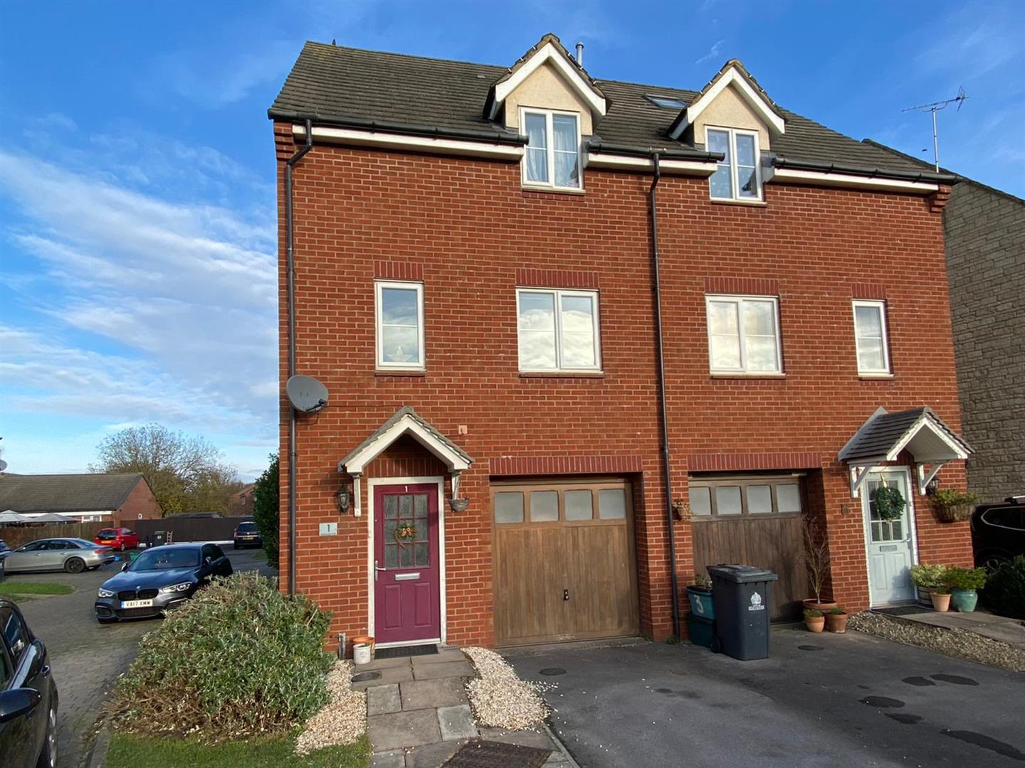 3 bedroom townhouse house for sale
